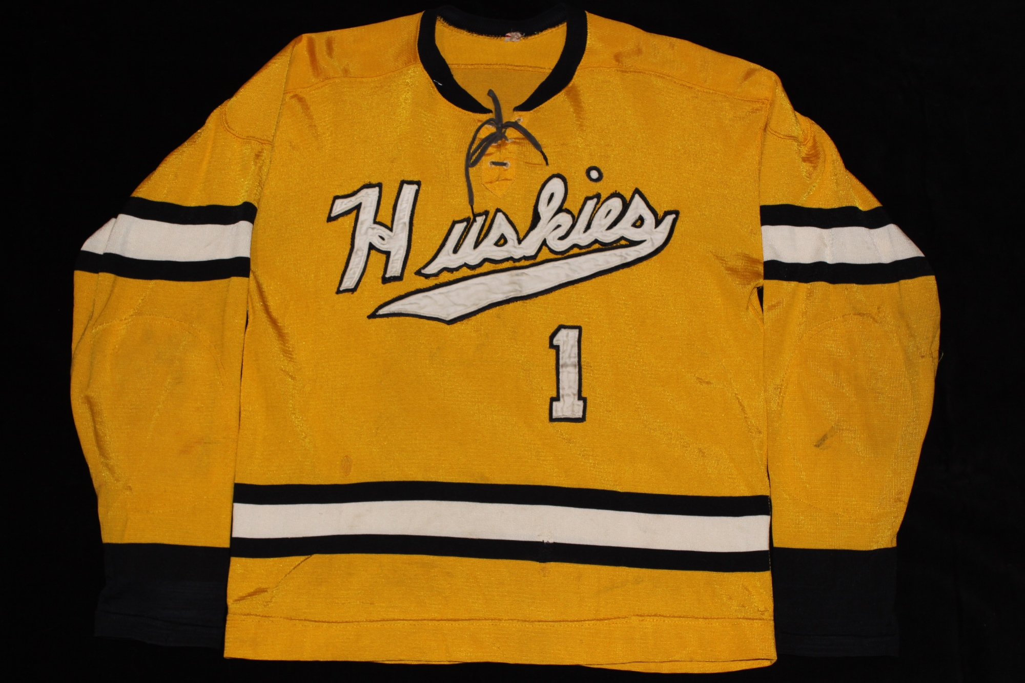 Johnson s Jerseys - Michigan Tech Hockey Gameworn Memorabilia... and So  Much More 42a4a23a569